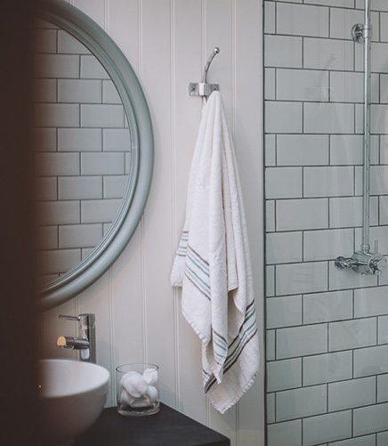 bamboo-bath-towel-white